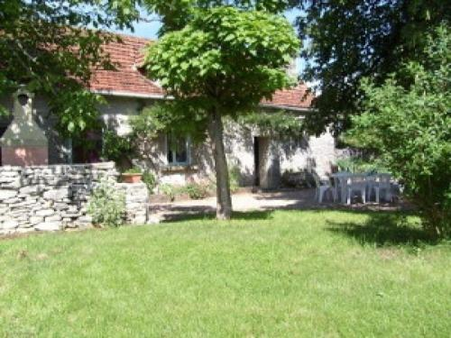 House Gite du puy clavel : Guest accommodation near Saint-Sulpice