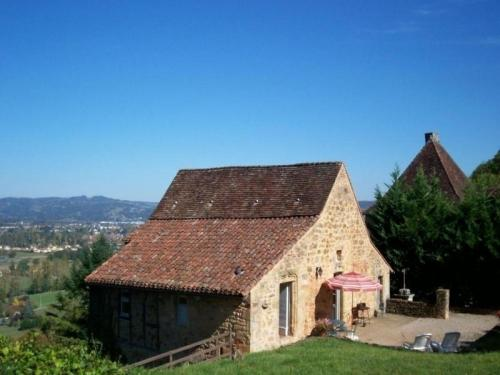 House La maison des moines : Guest accommodation near Bretenoux