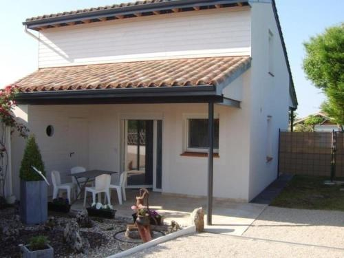 House Castelnau-montratier - 3 pers, 60 m2, 2/1 : Guest accommodation near Tréjouls