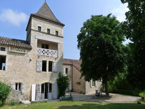 House Le tilleul 1 : Guest accommodation near Labastide-de-Penne