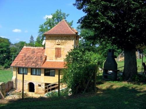 House Le pigeonnier 3 : Guest accommodation near Saint-Cirq-Madelon