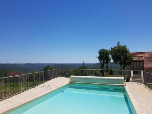 House St martin labouval - 5 pers, 131 m2, 3/2 : Guest accommodation near Calvignac