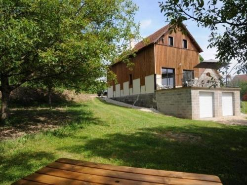 House Meyronne - 7 pers, 175 m2, 4/3 : Guest accommodation near Mayrac