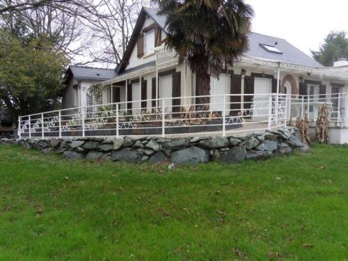 House Blain - 20 pers, 170 m2, 9/8 : Guest accommodation near La Grigonnais