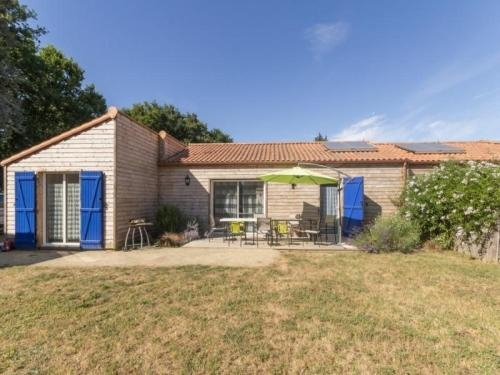 House Bleu : Guest accommodation near Chauvé