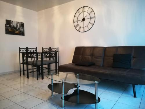 Eugene Bar : Apartment near Loos-en-Gohelle