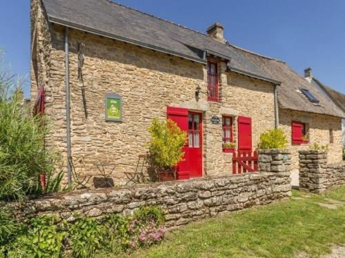 House Le coquelicot : Guest accommodation near Saint-Lyphard