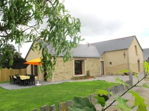 House Vay - 8 pers, 150 m2, 4/3 : Guest accommodation near Jans