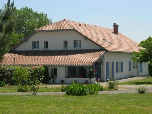 House Laumury ouest : Guest accommodation near Biaudos