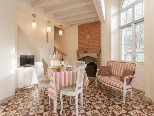 House L'esprit de famille : Guest accommodation near Saint-Sébastien-sur-Loire