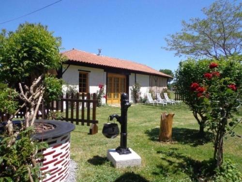 House Lo bonur es dens lo prat : Guest accommodation near Magescq
