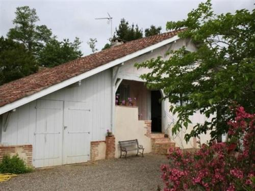 House Petit rimbez : Guest accommodation near Serreslous-et-Arribans