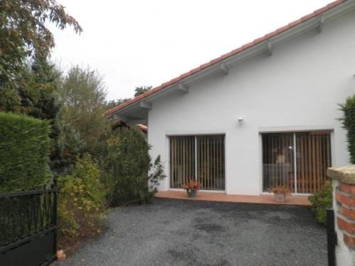 House Le cerf : Guest accommodation near Saint-Michel-Escalus