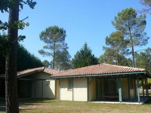 House Les hélianthèmes : Guest accommodation near Le Sen
