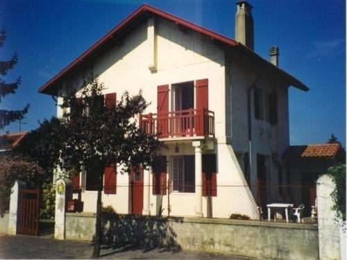 House L'ensoleillée : Guest accommodation near Saint-Vincent-de-Tyrosse