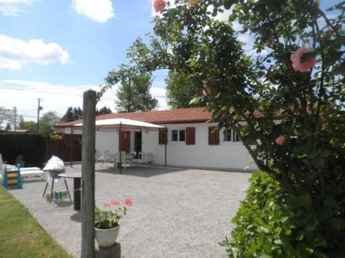 House L'enclos : Guest accommodation near Pey