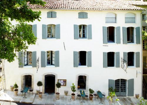 Hotel Restaurant des Deux Rocs : Hotel near Seillans