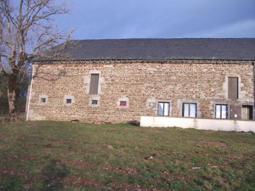 gite les chaumeix : Guest accommodation near Saint-Jacques-d'Ambur