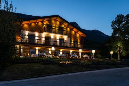 Atmospheres : Hotel near Virignin