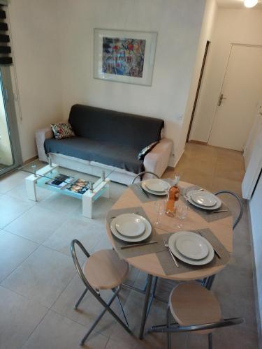 Joli Appartement entre Menton et Monaco : Apartment near Gorbio