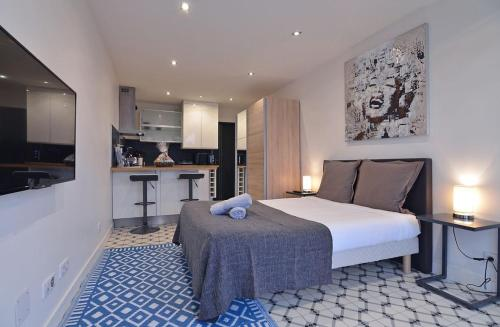 Studio : Apartment near Montreuil-le-Gast