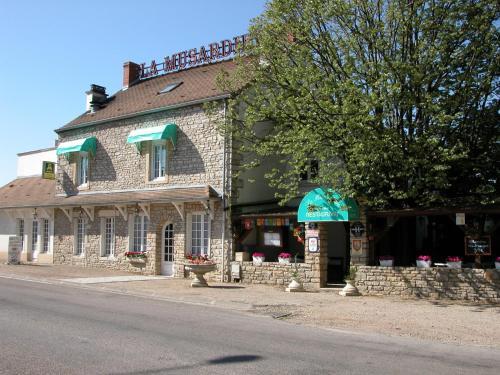 Auberge de la Musardière : Hotel near Saint-Maurice-lès-Couches