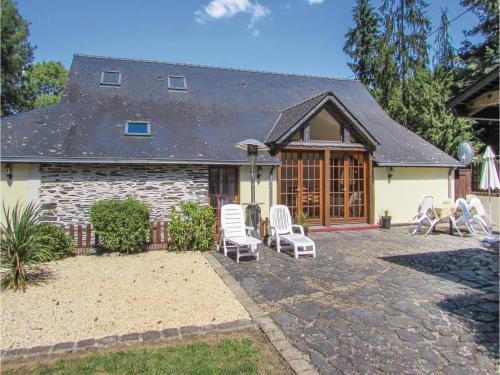 Holiday Home La Petite Coquais 05 : Guest accommodation near Renazé