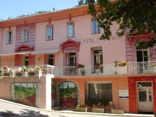 La Fontaine : Bed and Breakfast near Serdinya