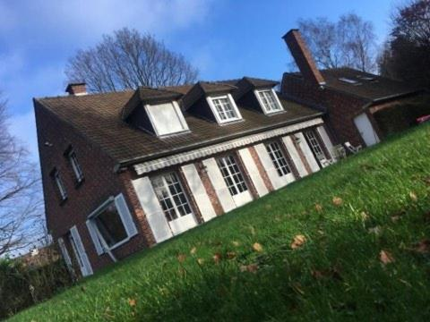 Les jardins de Beaumont : Bed and Breakfast near Sailly-lez-Lannoy