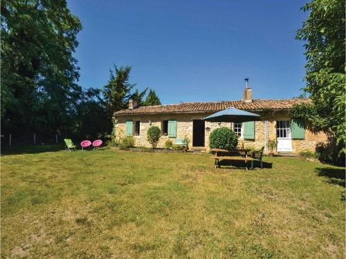 Holiday Home Château Arnauton : Guest accommodation near Preignac
