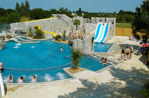 Camping Sunissim le Domaine de Léveno By Locatour : Guest accommodation near Guérande