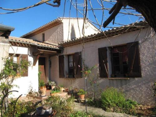Apiflore : Bed and Breakfast near Forcalqueiret