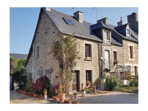 Holiday home Rue de la Chevalerie : Guest accommodation near Saint-Suliac