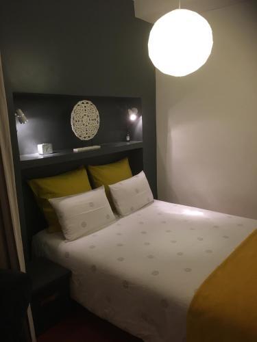 Appartement Saint-Sauveur : Apartment near Pia
