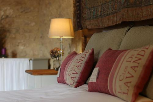 La Maison Louverie : Bed and Breakfast near Labouquerie