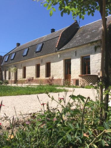 La Boussieroise : Bed and Breakfast near Gonnelieu