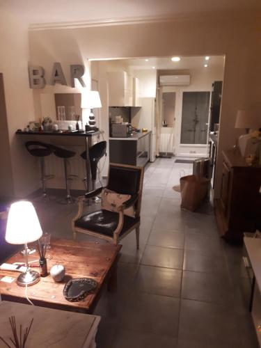 Appartement jardin : Apartment near Marseille 13e Arrondissement