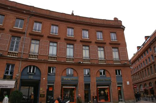 Place Pt Thomas WILSON : Apartment near Toulouse