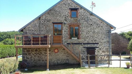 Chez Helen : Bed and Breakfast near Saint-Dizier-Leyrenne