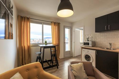 NYC gare : Apartment near Orcet
