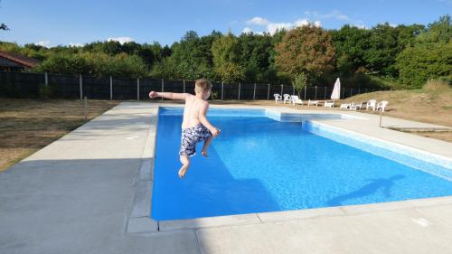 ASpace Holidays : Guest accommodation near Allonne