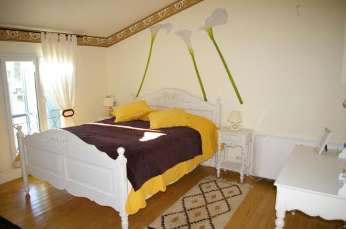 La Cognée : Bed and Breakfast near Pins-Justaret