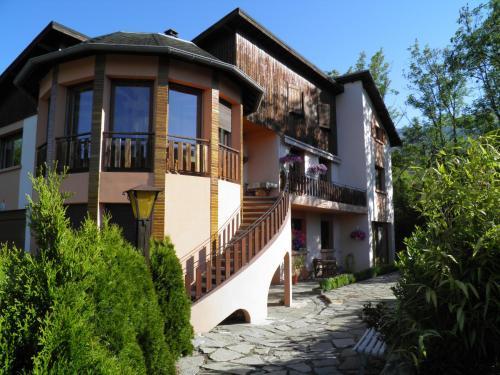 La Tourronde : Apartment near Rochebrune
