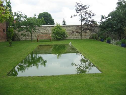 Le Clos Xavianne : Bed and Breakfast near Ribécourt-la-Tour
