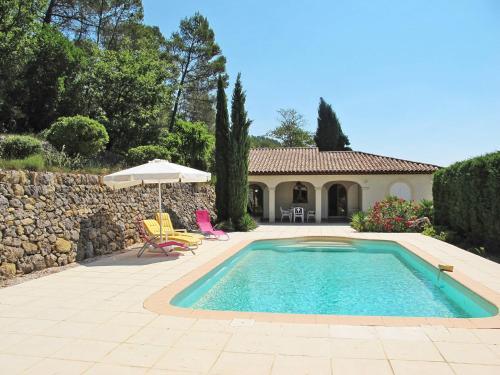Ferienhaus mit Pool Cabasse 100S : Guest accommodation near Besse-sur-Issole