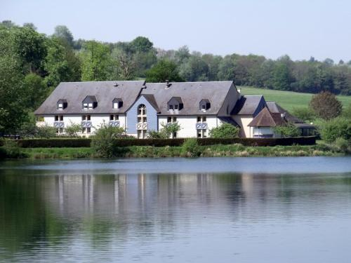 Eden Park : Hotel near Saint-Martin-aux-Chartrains