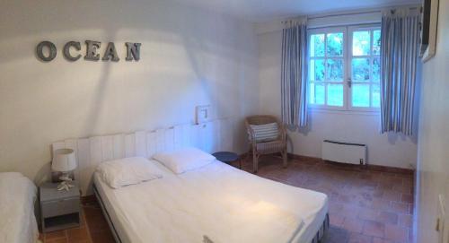Maison de vacance familiale près de la plage : Guest accommodation near Arces