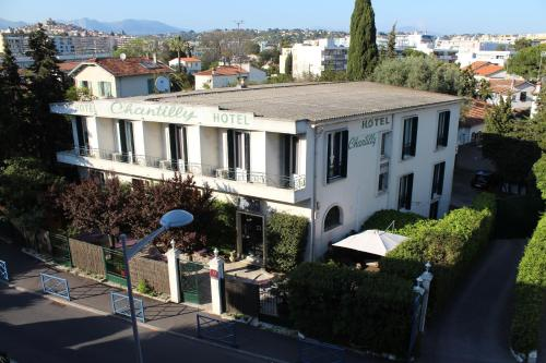 Hôtel Le Chantilly : Hotel near Villeneuve-Loubet