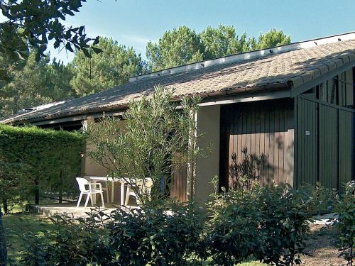 Holiday Home Golf de l'Ardilouse : Guest accommodation near Saumos