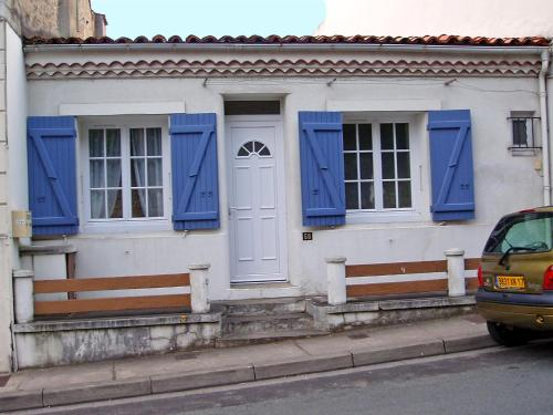 Holiday Home Doumer : Guest accommodation near Royan